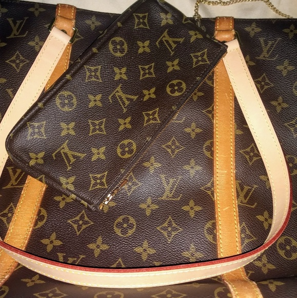 Louis Vuitton Handbags - Sac Shopping tote w/ pochette